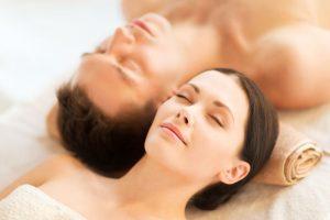lynda_dugas-massage-couple